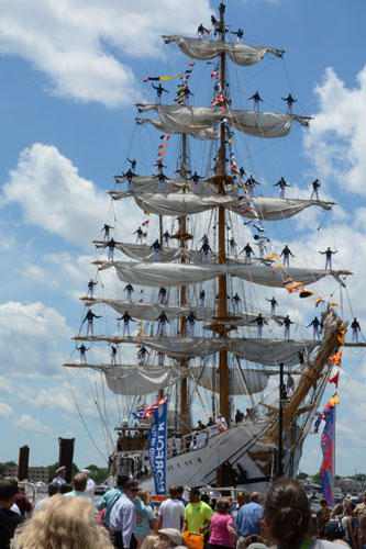 tall ship BAE GUAYAS