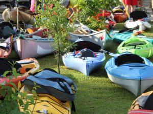 paddle-for-border kayaks