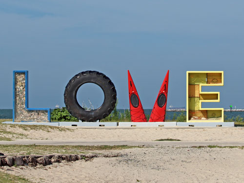 cape charles virginia love sign